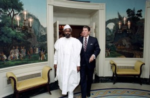 Hissène Habré with President Ronald Reagan, who considered Habré an ally against Qadaffi, 1987. / Courtesy of Ronald Reagan Presidential Library and Museum.